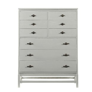 Rosecliff Heights Blackburn 9 Drawer Chest