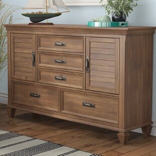 Beachcrest Home Dorrington 5 Drawer Dresser
