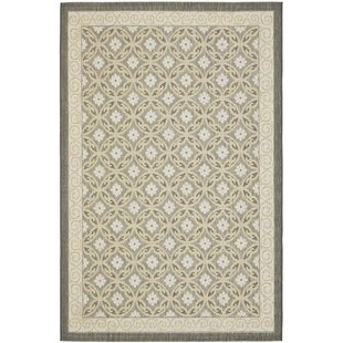 Short Black/Gray Indoor/Outdoor Rug