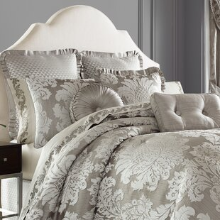 Carly 4 Piece Comforter Set by Five Queens Court