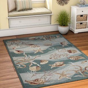 Chamberlin Hand-Woven Green/Ivory Area Rug