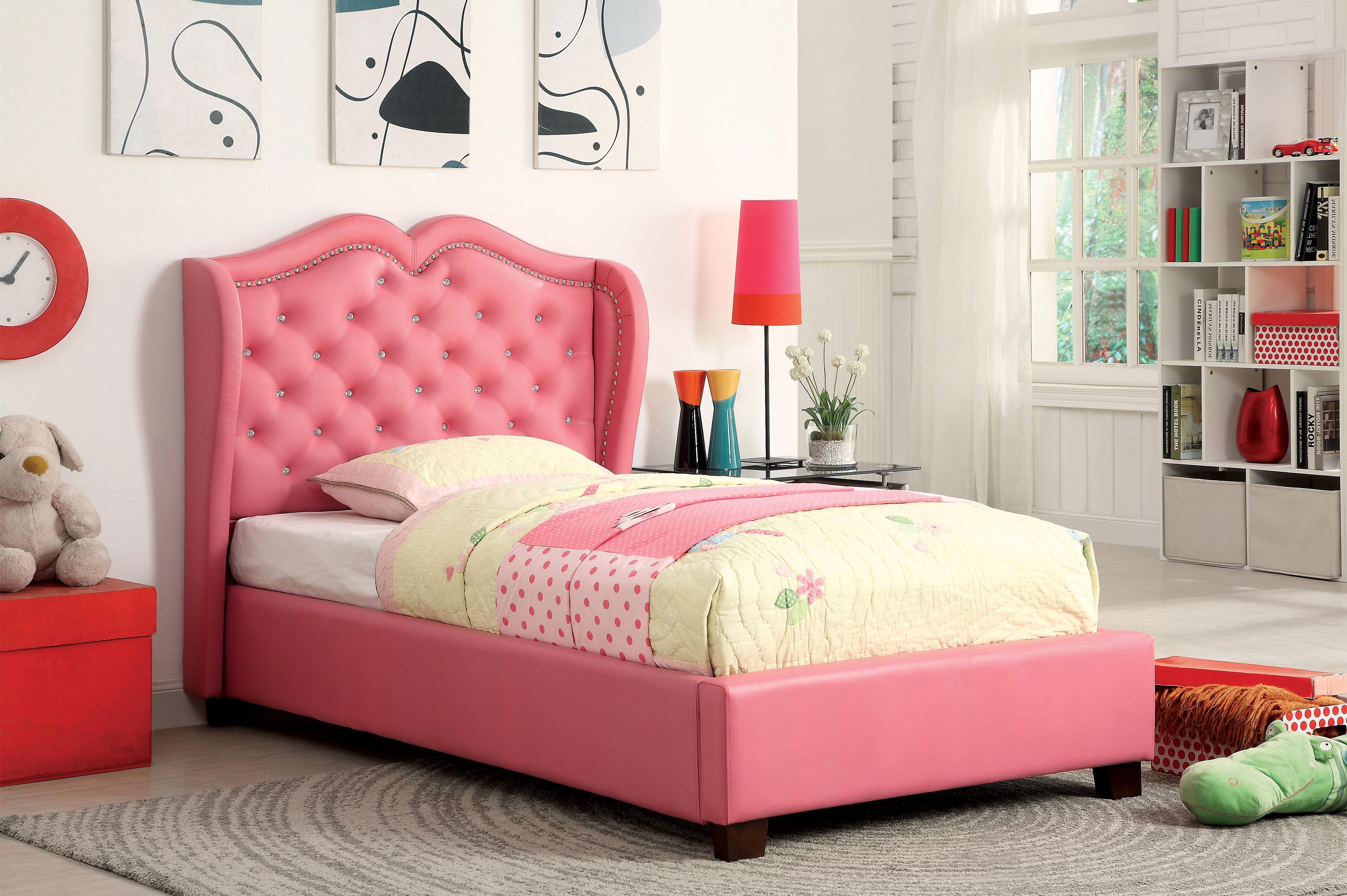 Picture of: Hokku Designs Vanitas Tufted Upholstered Platform Bed Reviews Wayfair