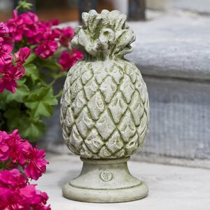 Williamsburg Pineapple Finial Garden Art