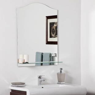 Decor Wonderland Abigail Modern Wall Mirror