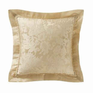 5e430c455ca3 Waterford Isabella Pillows