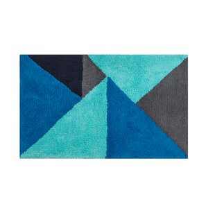 Renato Geo Tufted Bath Rug