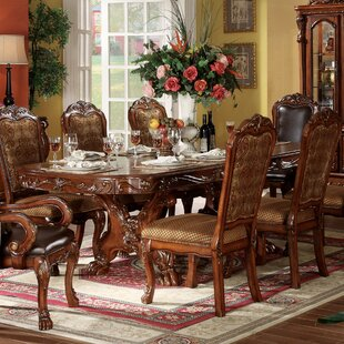 Astoria Grand Welliver Traditional Extendable Dining Table