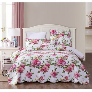 Mahon Romantic Roses Quilt Set