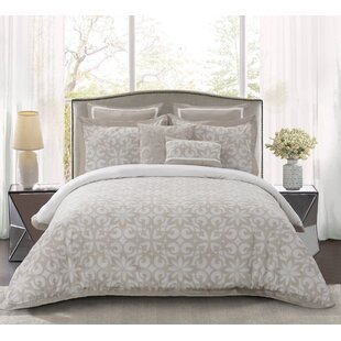 Toth Jacquard Comforter Set by Charlton Home