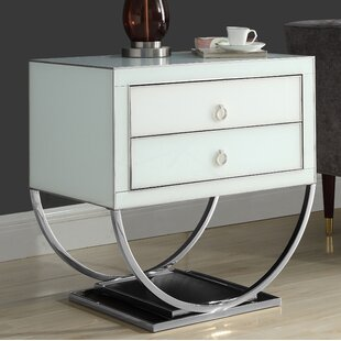 Everly Quinn Le Side Table