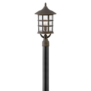 Freeport Outdoor 1-Light Lamp Post by Hinkley Lighting