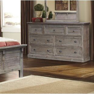 Rosecliff Heights Lowenstein 7 Drawer Dresser