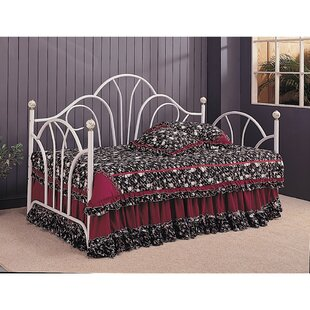 Cori Metal Fan Back Twin Daybed by Fleur De Lis Living