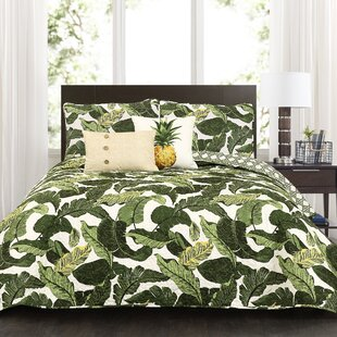 Vandiver 5 Piece Reversible Quilt Set