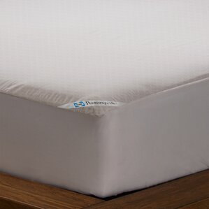 Posturepedic Allergy Zippered Hypoallergenic Waterproof Mattress Protector by Sealy
