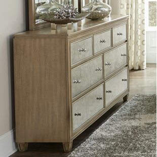 Gunnar 7 Drawer Dresser