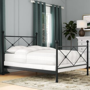 Goodland Queen Panel Bed