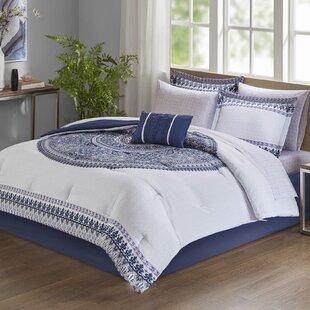 Vandervoort Reversible Comforter Set by Bungalow Rose