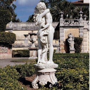 La Passion Grande Statue Image
