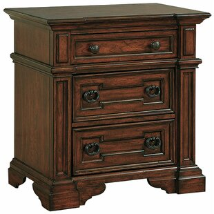 Pinehurst 3 Drawer Nightstand
