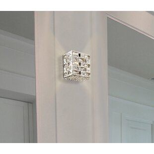 Thaxted 1-Light Armed Sconce by Everly Quinn