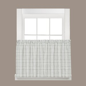 Checkmate Tier Curtain