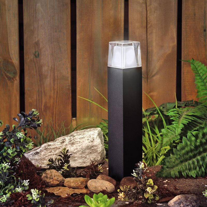 Auto Turn-On At Dusk NEW Dragonfly Solar Garden Lights Extends Up To 40 Feet
