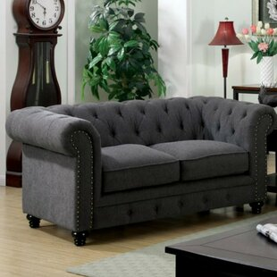 Darby Home Co Favela Traditional Loveseat