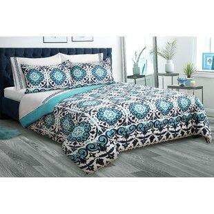 Arwood Reversible Comforter Set