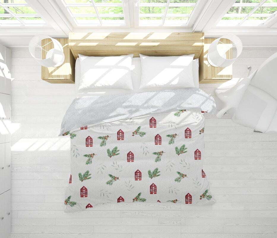 The Holiday Aisle Ozment Single Reversible Comforter