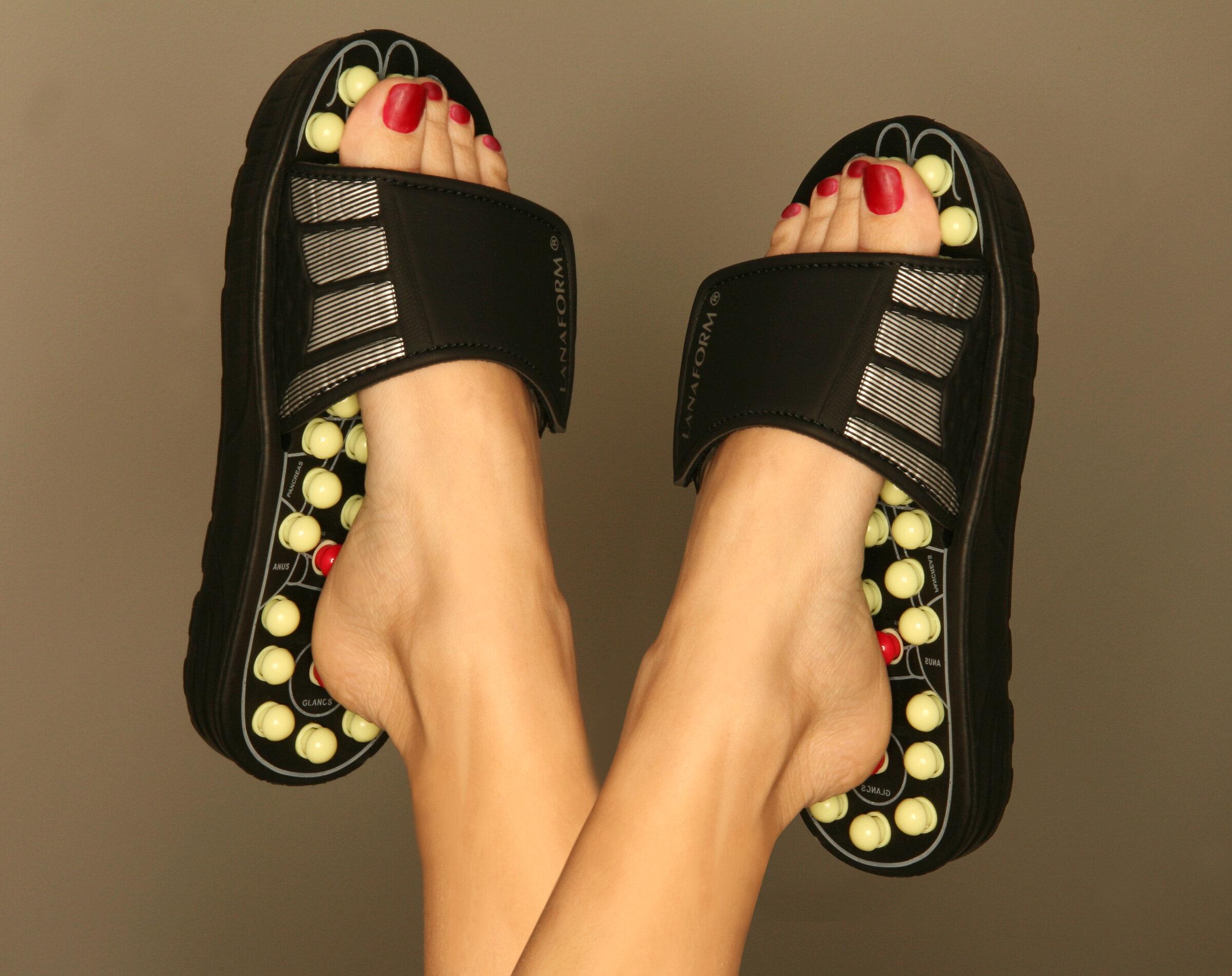 079d4824e0485 Deluxe Comfort Men s Slip-On Smart Step Reflexology Sandals   Reviews