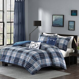 Wight Comforter Set