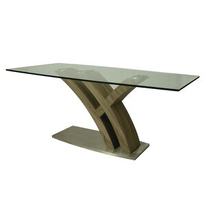 Quanto Basta Dining Table by Impacterra