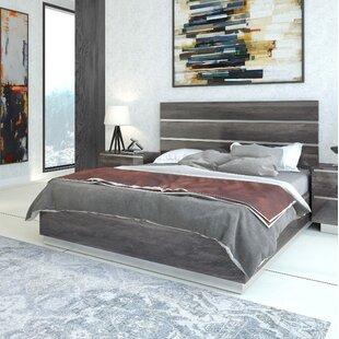Doric Platform Bed by Orren El..