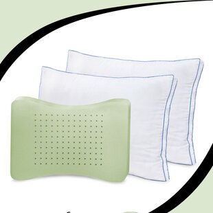 Deluxe Gusseted Memory Foam/Polyfill Standard Pillow (Set of 2)
