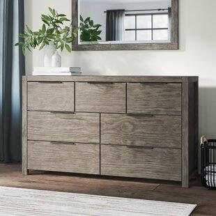 Greyleigh Krugerville 7 Drawer Dresser