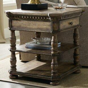Hooker Furniture Sorella E..