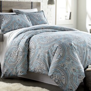 Roisin Reversible Comforter Set by Andover Mills