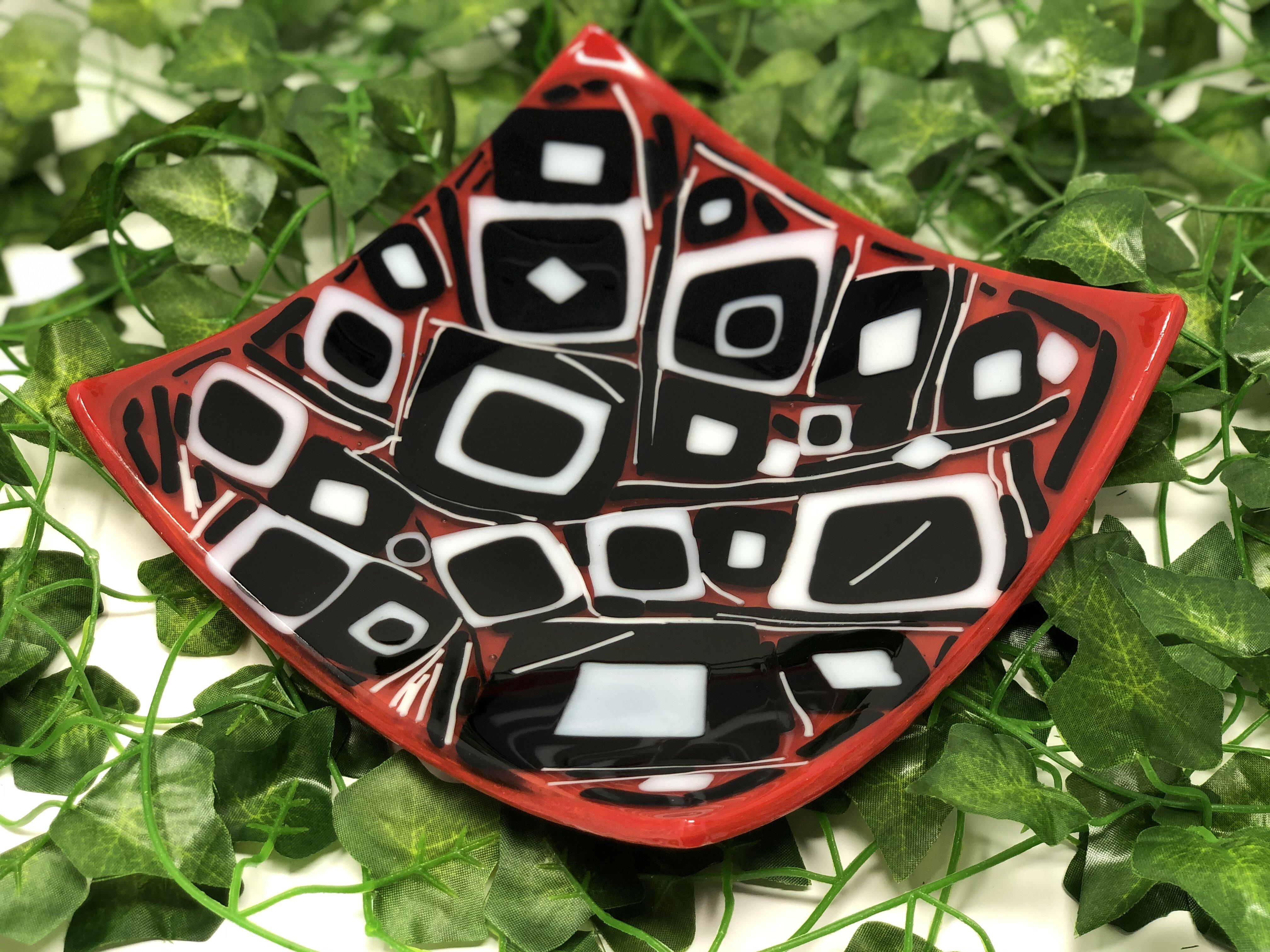 Latitude Run Arale Glass Square Decorative Plate In Red Black White Wayfair