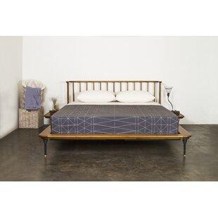 Nuevo Queen Platform Bed