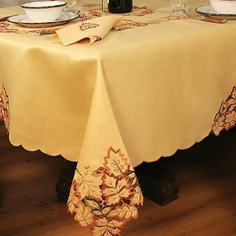 The Holiday Aisle Emmett Christmas Garland Border Tablecloth Reviews Wayfair