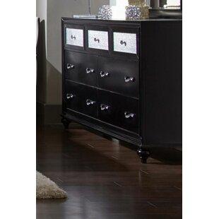 Rosdorf Park Lemaster 7 Drawer Dresser