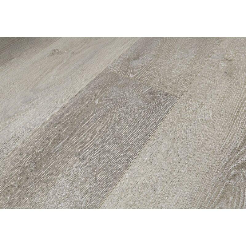 8 X 48 12mm Oak Laminate Flooring