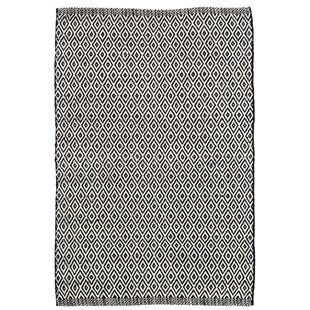 Crystal Black/White Indoor/Outdoor Area Rug