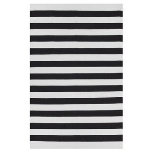 Best Reviews Anniedale Hand-Woven Cotton Black/White Area Rug ByLongshore Tides