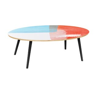 Esquer Coffee Table