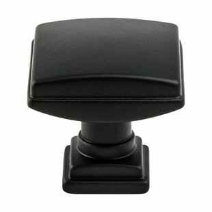 Tailored Traditional Square Knob