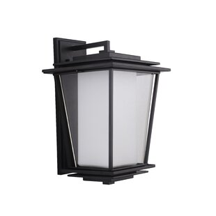 Pantela 3-Light Outdoor Wall Lantern by R..