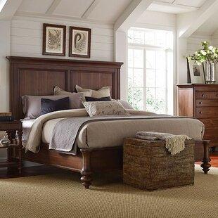 Cascade Platform Bed by Broyhill®