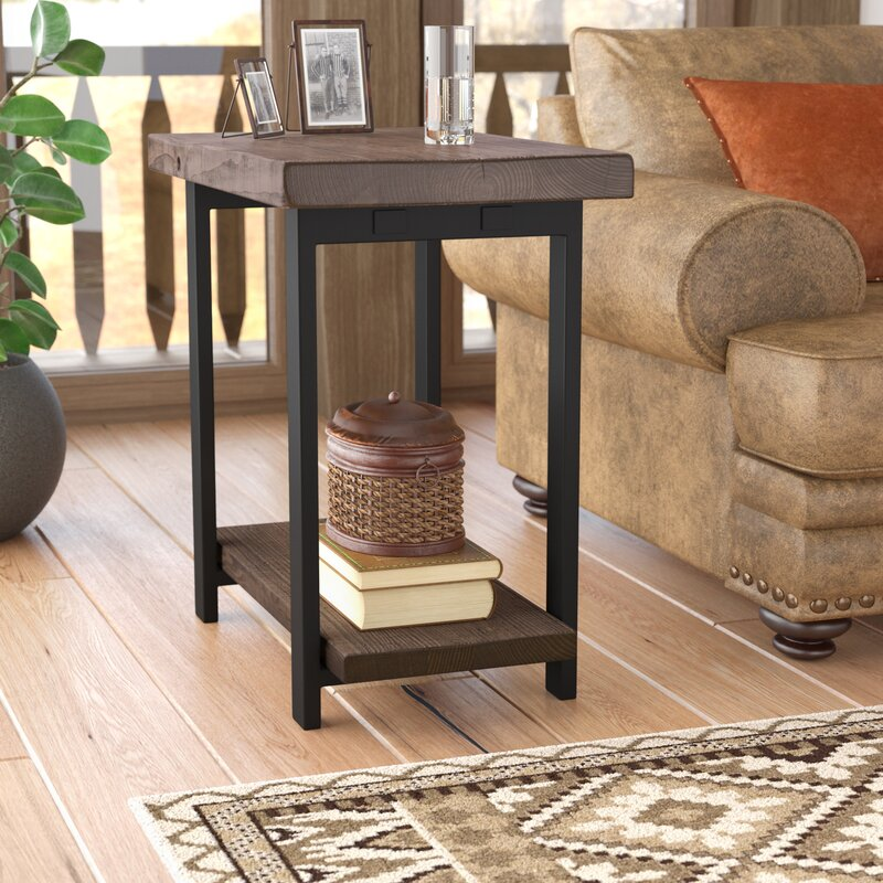 Attirant Somers End Table